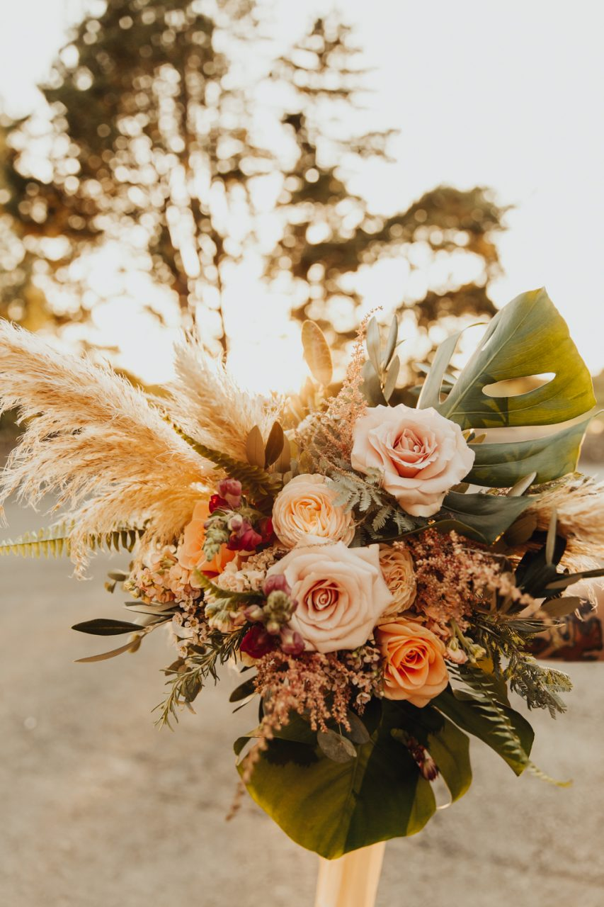 Megan Lily Floral Design - Stunning September Wedding Flowers